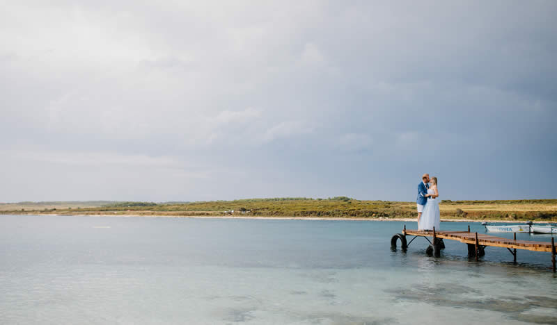 Island peer wedding